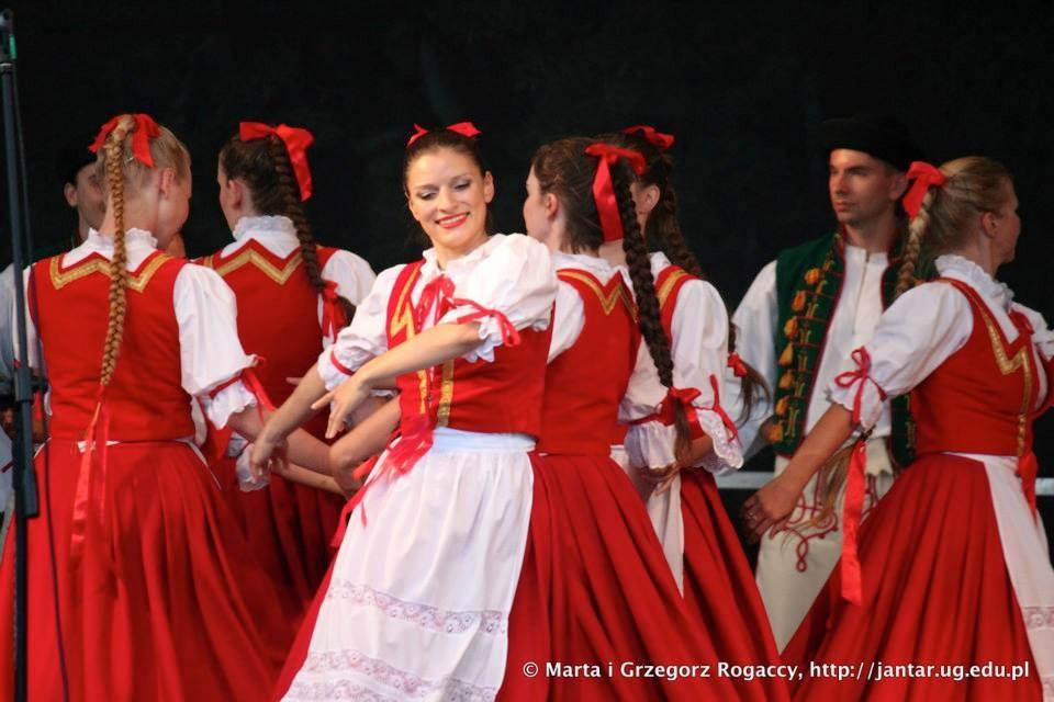 """ZPiT UG """"JANTAR"""" wystąpił na Mazurskich Spotkaniach z Folklorem  Olecko 2-4 sierpnia 2013 r."""