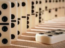Kino, wino i domino - projekcja filmu Świtem