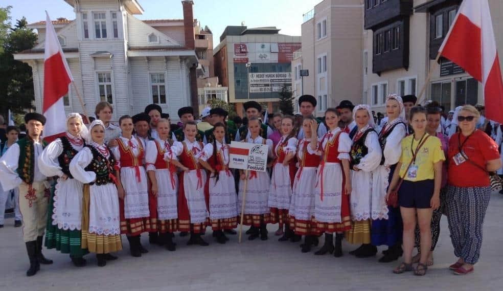 """Sukces ZPiT UG """"Jantar"""" na największym festiwalu folklorystycznym w Europie"""