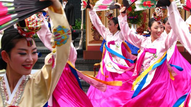 buchaechum dance