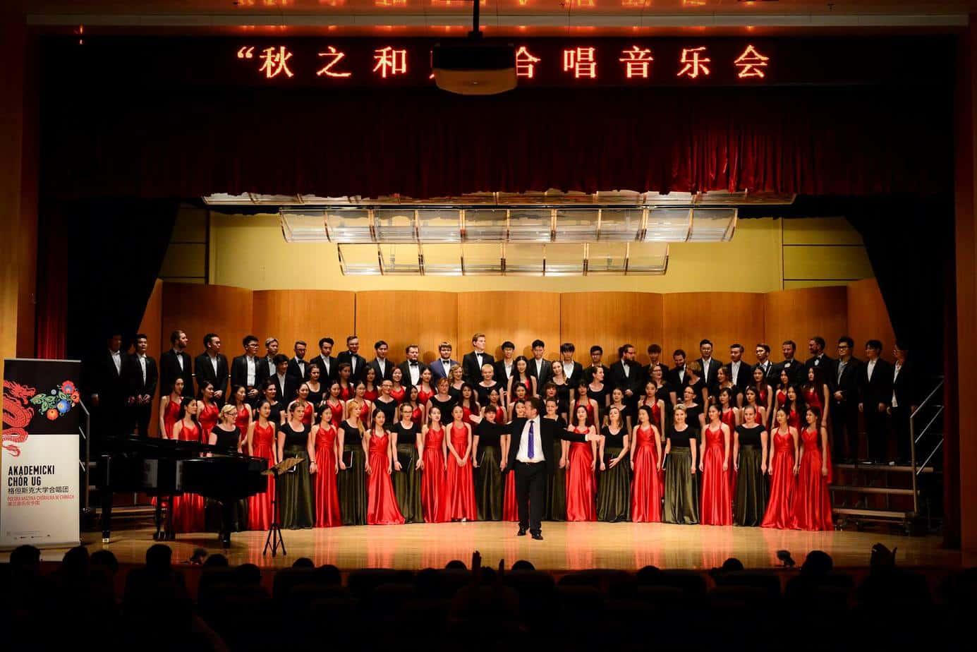 Akademicki Chór UG  z polską muzyką chóralną w Chinach
