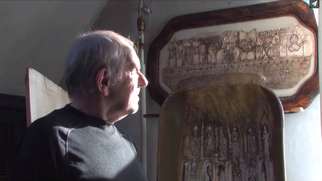 """kadr filmu """"Hugon: portrecista świata niewidzialnego"""""""
